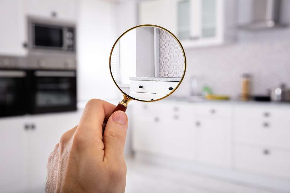 Property sellers – avoid these pitfalls that could devalue your home by £50,000