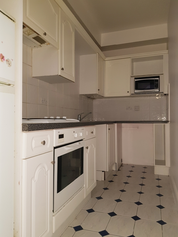 Two Bedroom Two Bath flat to rent in Southall ( Ealing Hospital)