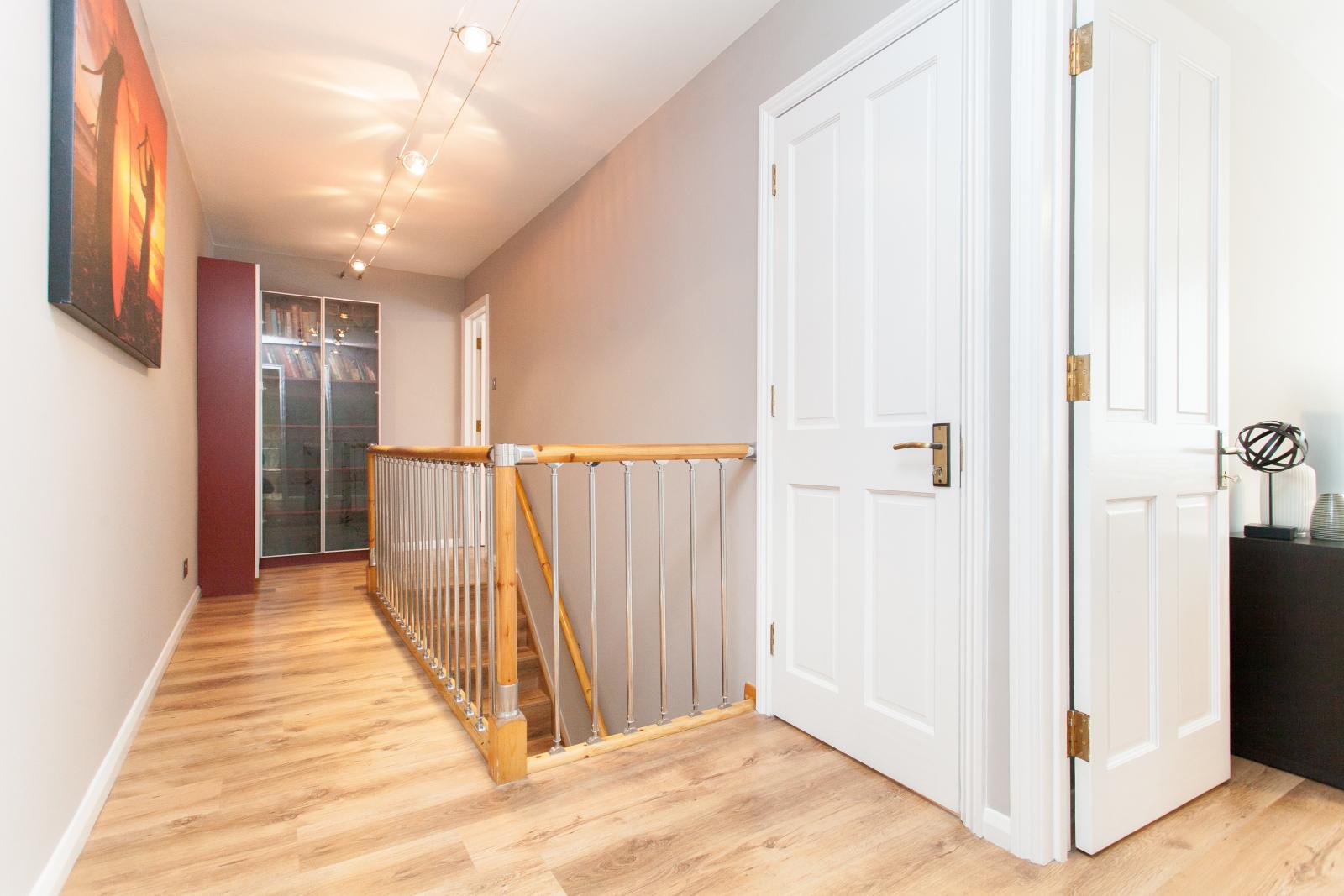 3 Bedroom Split Level Maisonette For Sale