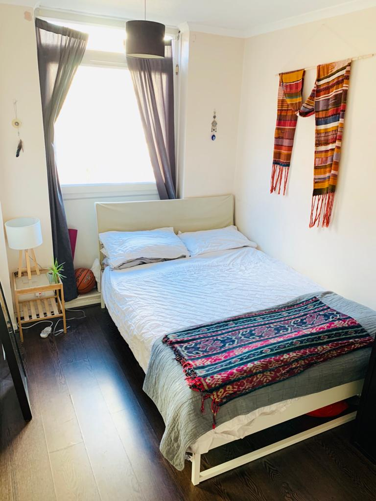 1 Large Double Room flat share on the DOORSTEPS OF SHOREDITCH