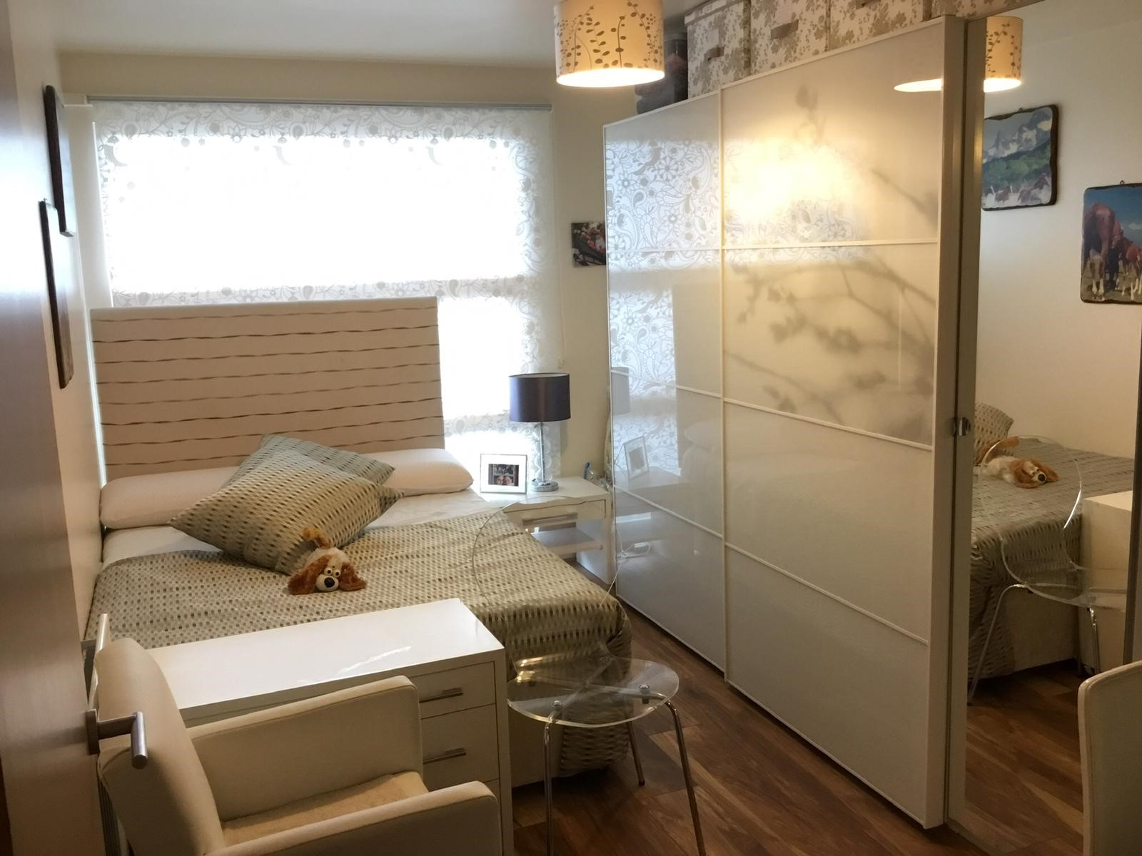 Beautiful 2 bedroom flat with a balcony available in Erith ...