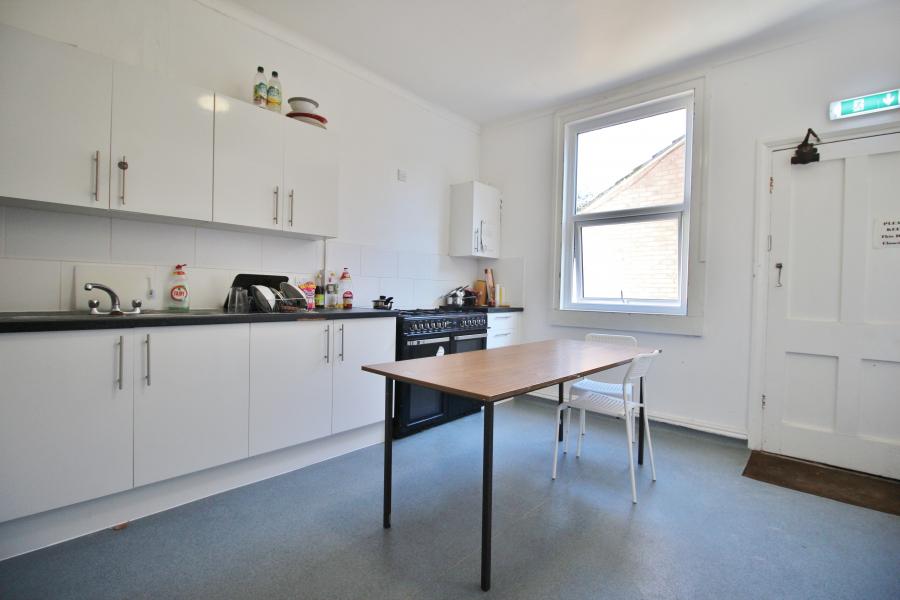 Communal Kitchen 2